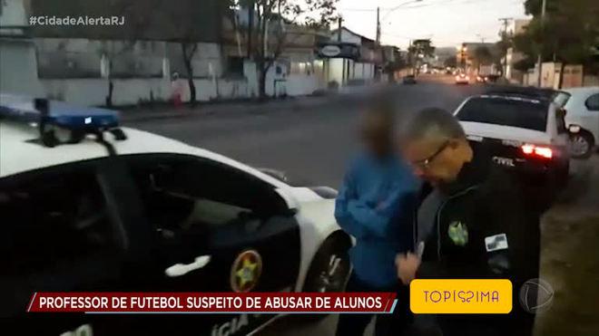 Professor é preso suspeito de abusar de cinco crianças e adolescentes em clube de futebol na Tijuca (RJ)
