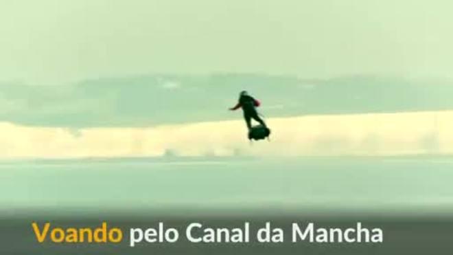 'Homem Voador' atravessa Canal da Mancha em um hoverboard a jato