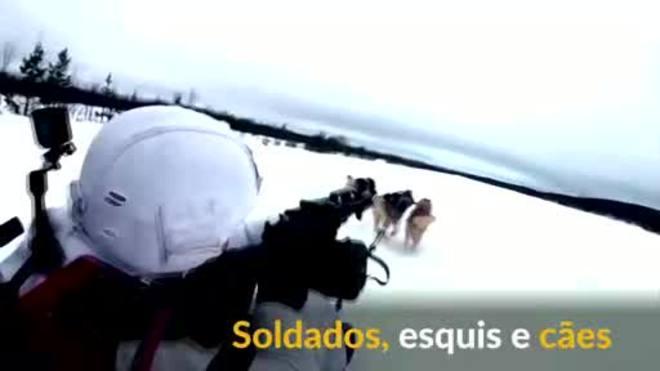 Soldados, esquis e cães: o treino de militares russos com huskies