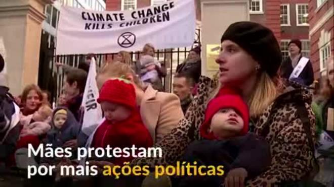 Mães britânicas exigem ações do governo sobre mudança climática