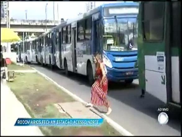Após protesto, rodoviários liberam acesso à estação de ônibus do Acesso Norte