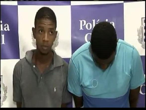 Dupla responsável por assaltos a taxistas é presa em Salvador