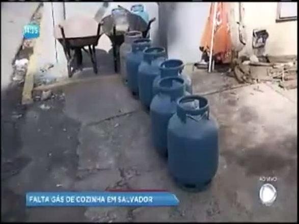 Falta gás de cozinha na capital baiana; assista