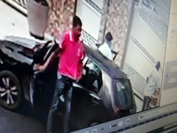 Homens armados invadem e roubam casa de médico em Salvador