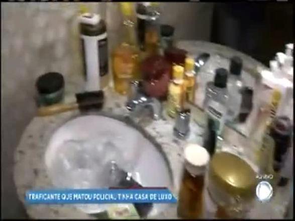 Casa luxuosa de traficante suspeito de matar PM é localizada em SSA; assista