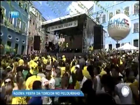 Shows no Pelourinho e na Barra reúnem multidão após vitória do Brasil na copa