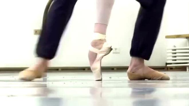 O Ballet Bolshoi está de volta aos negócios na Rússia