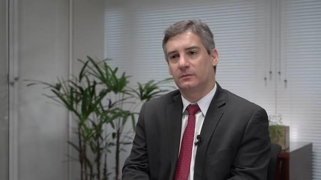 Mário Telles, da CNI, diz que Brasil gasta mais com funcionalismo que países mais ricos