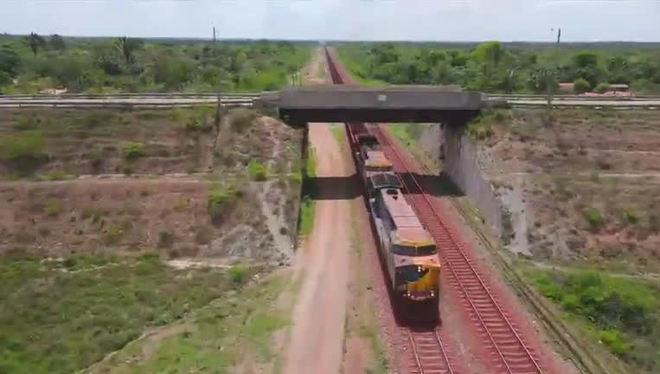 Repórter Record Investigação mostra o drama de quem vive às margens da Estrada de Ferro Carajá