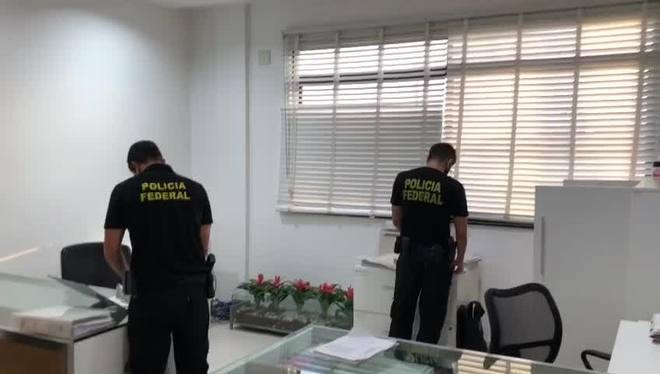 Vídeo mostra operação da Polícia Federal contra fraudes na Petrobras