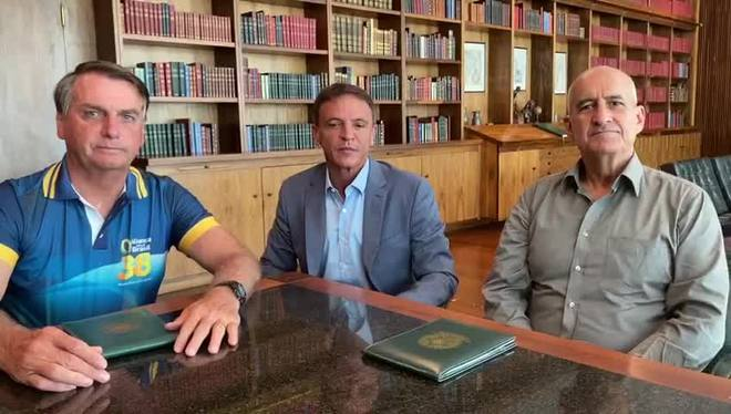 Após cheia, Bolsonaro promete visitar o Acre próxima quarta-feira