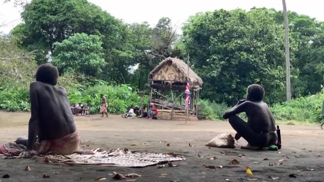 Indígenas da Oceania lamentam a morte do príncipe Philip
