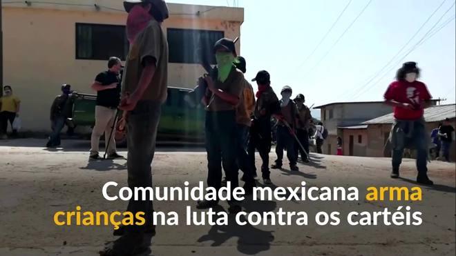 Comunidade mexicana arma crianças na luta contra os cartéis