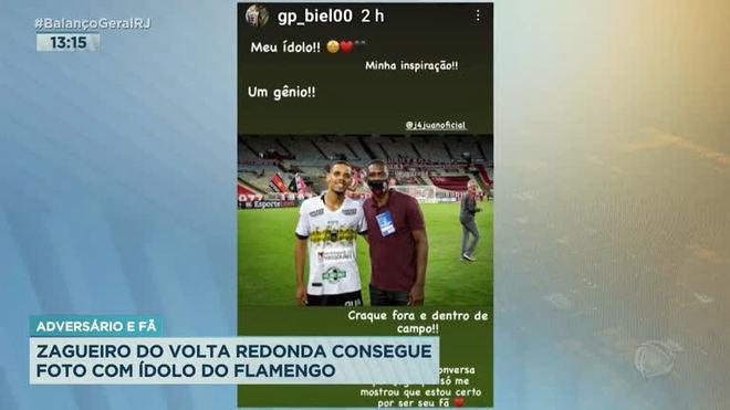 Zagueiro do Volta Redonda realiza sonho com ídolo do Flamengo