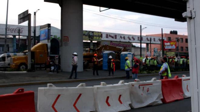 Remoção de escombros continuam após metrô desabar no México