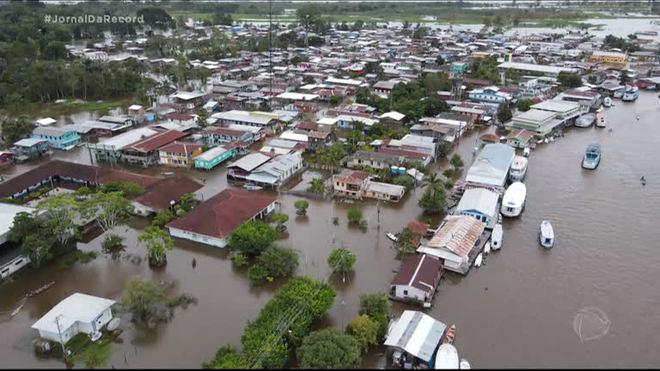 Em função das chuvas intensas, rios Negro e Solimões podem atingir maior volume da história