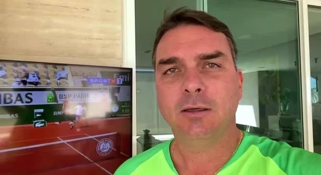 Para Flávio Bolsonaro, Globo e Tite tentam politizar Copa América