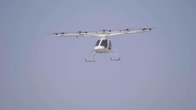 Táxi aéreo alemão que deve operar nas Olimpíadas faz voo teste