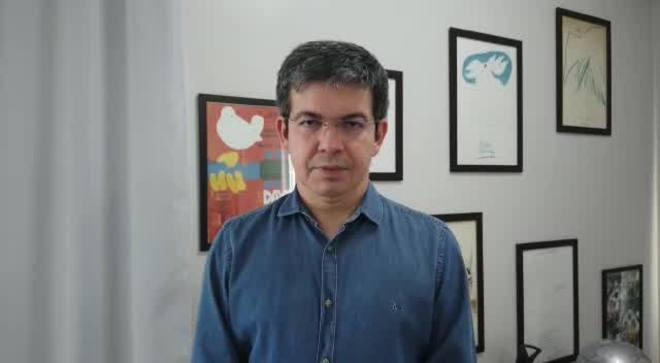 Randolfe Rodrigues diz que levará à PGR denúncia de prevaricação contra Bolsonaro