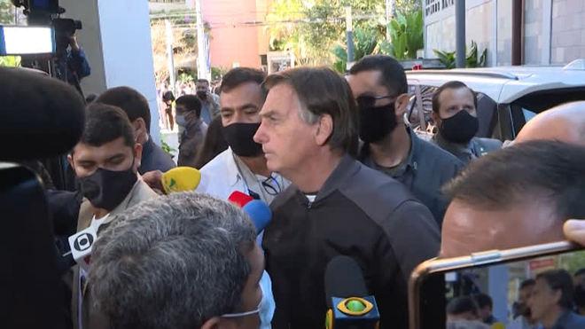 Bolsonaro recebe alta após sofrer obstrução intestinal