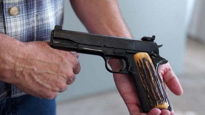 Armas que pertenceram a Al Capone vão a leilão nos EUA