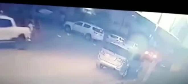 Vídeo mostra execução de 4 pessoas na fronteira com Paraguai