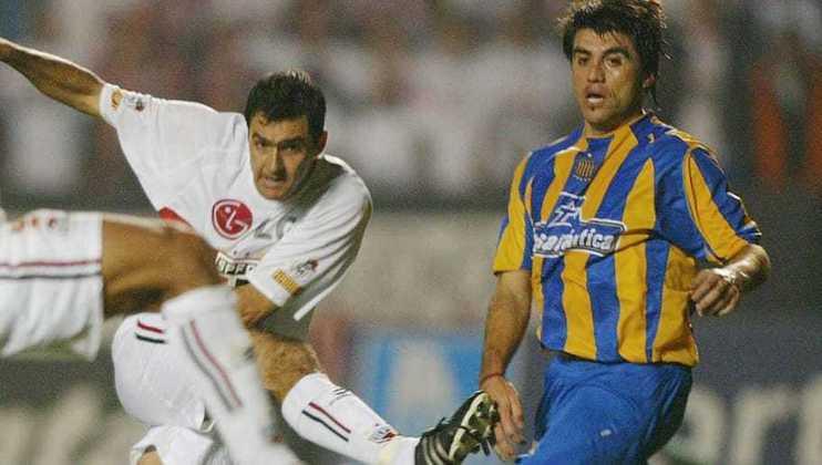 05/05/2004 – Rosario Central 1×0 São Paulo (Libertadores 2004) - Tricolor perdeu o jogo de ida das quartas de final da Libertadores. Porém, na volta o São Paulo venceu nos pênaltis e eliminou os argentinos.
