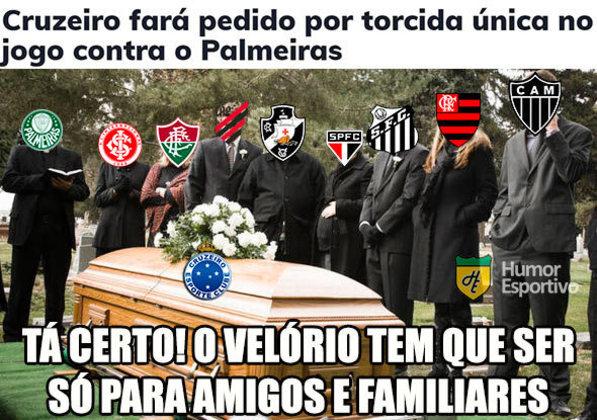 05.12.19 - Na penúltima rodada do Brasileirão, o Cruzeiro perde para o Grêmio por 2 a 0 e fica muito próximo do rebaixamento.