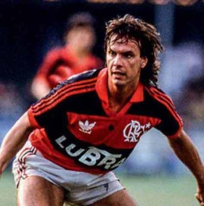 07/04/1993 - Flamengo 8 x 2 Minervén/VEN - Gols do Flamengo: Wilson Gottardo (2), Gaúcho (foto), Djalminha, Marcelinho Carioca, Nélio, Marquinhos e Nílson