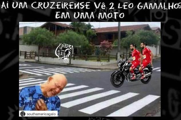 07.09.20 - Empata em 1 a 1 com o CRB com gol de Léo Gamalho