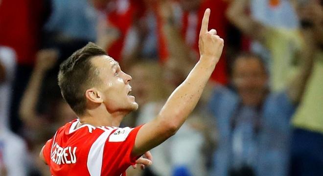 Cheryshev abriu o placar para a Rússia no jogo contra a Croácia
