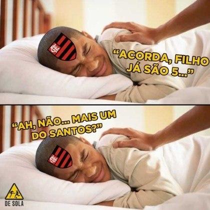08/12/2019 - Já consolidado como campeão brasileiro, o Flamengo foi derrotado por 4 a 0 pelo Santos de Jorge Sampaoli e não escapou das brincadeiras dos rivais.
