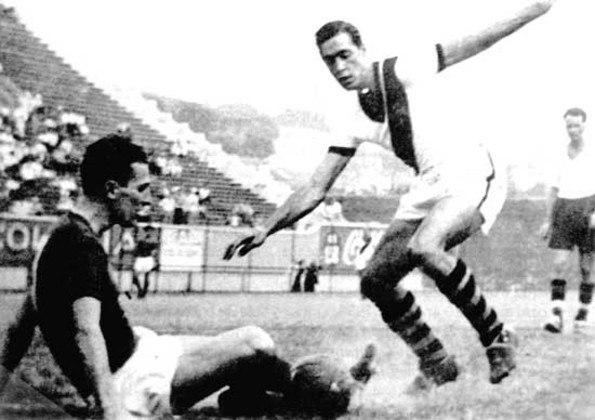 09/06/1949 - Vasco 5x0 Rapid Viena-AUT - Gols do Vasco: Heleno de Freitas (foto) (3) e Ademir Menezes (2)