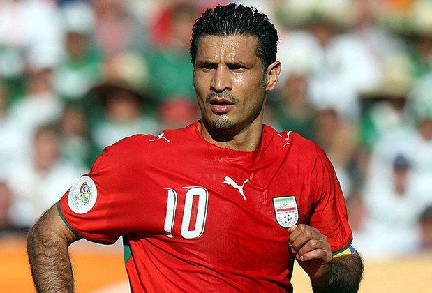1 – Ali Daei - Hoje treinador de futebol, Ali Daei é o maior goleador de uma seleção. Tem 109 gols nas 149 partidas que disputou pela seleção iraniana. O feito se torna ainda mais importante pois ele não defendia uma equipe de ponta. Esteve nas Copas do Mundo de 1998 e 2006