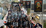 A influência de Soleimani saia do Irã. No Iraque, estudantes se reuniram para homenagear o general