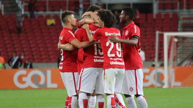 1º colocado – Internacional (65 pontos/33 jogos): 79.2% de chances de ser campeão; 100% de chances de Libertadores (G6); 0% de chances de rebaixamento.