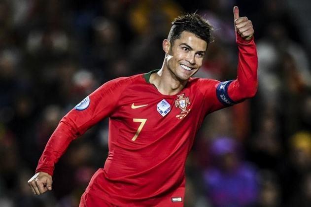 1º - Cristiano Ronaldo - Portugal - 9 gols em 21 jogos