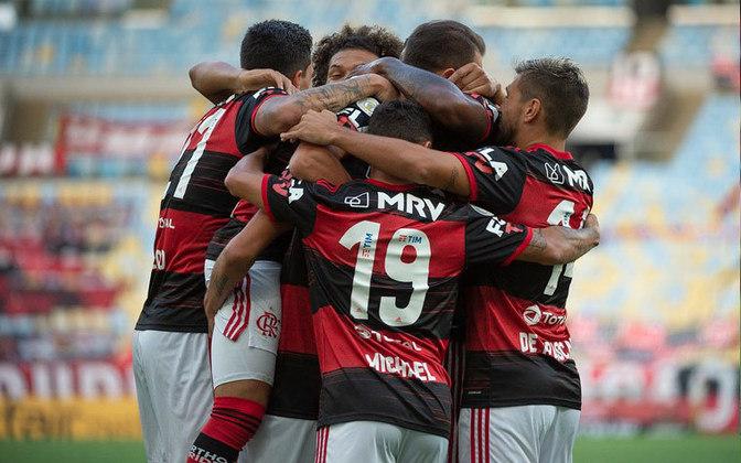 1 – Flamengo (R$ 2,87 bilhões) - clube tem ativos e marca extremamente valiosa, pesado investimento no time principal e categoria de base com alto valor. Gastos anuais com futebol já passam de R$ 600 milhões, e o clube mostra solidez financeira (há seis anos encerra o ano com superávits)