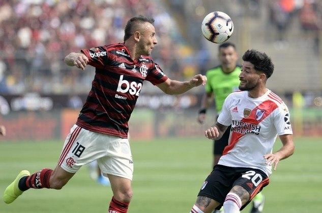 1º) Flamengo x River Plate - 19 pontos