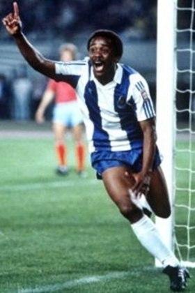 1º - Juary - 1 gol a cada 93 minutos - 5 gols em 463 minutos - clube: Porto