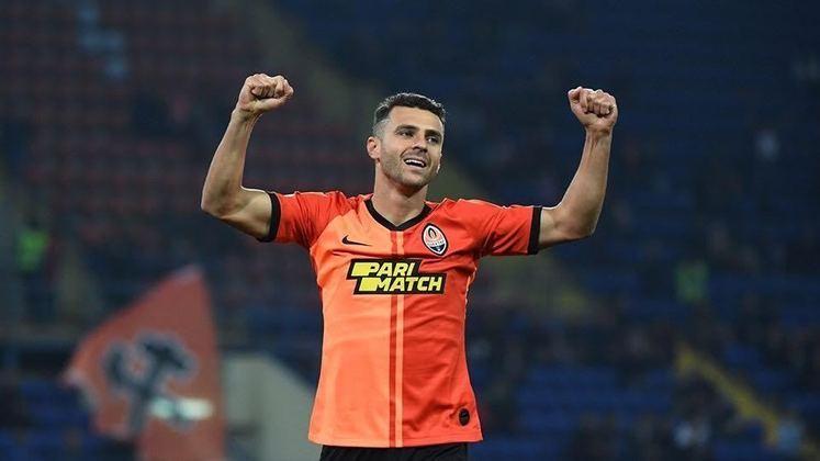 1º - Júnior Moraes - Shakhtar Donetsk - Ucrânia - 20 gols na temporada - 17 gols no Campeonato Ucraniano, 2 gols na Champions League e 1 gol na Europa League