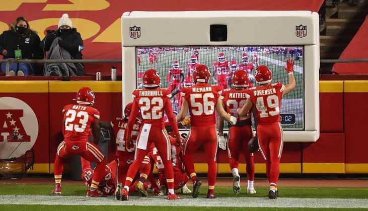 1º Kansas City Chiefs (11-1) - Olha para frente e não vê ninguém em seu caminho. Chiefs rumam para mais uma conquista de Super Bowl.
