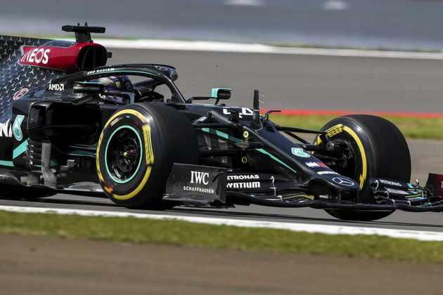 1) Lewis Hamilton (Mercedes), 1min24s303