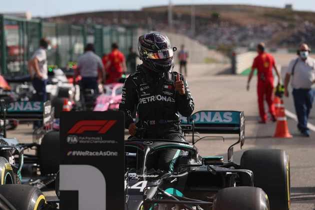 1º) Lewis Hamilton (Mercedes) - 9.98 - Após largada ruim, ultrapassou o companheiro de equipe, venceu e chegou a 92 vitórias na carreira. É o novo recordista da categoria!