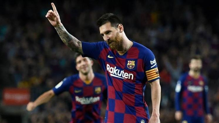 1. Lionel Messi - 319 assistências em 866 jogos fazem o craque argentino liderar a relação. Não era de duvidar quem mais deu assistências nos anos 2000…