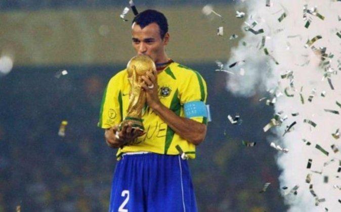 1º lugar: Cafú - 150 partidas pela Seleção Brasileira