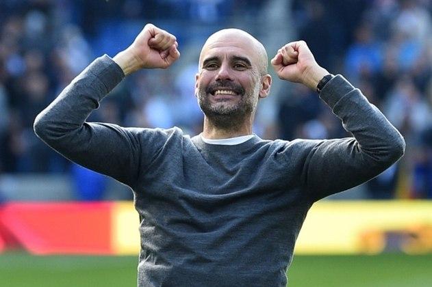 1º – Manchester City - É o clube que mais gastou no mercado da bola. Da temporada 2010/2011 para cá, o City investiu 1,71 bilhão de euros (R$ 11 bilhões) em reforços.