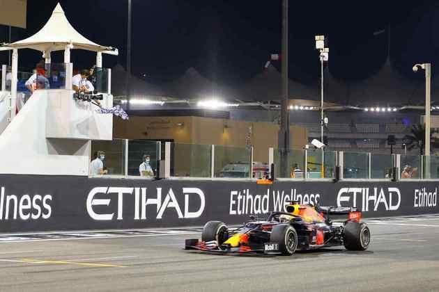 1 - Max Verstappen (Red Bull) - 9.78 - Vencedor de ponta a ponta. Merece elogios.