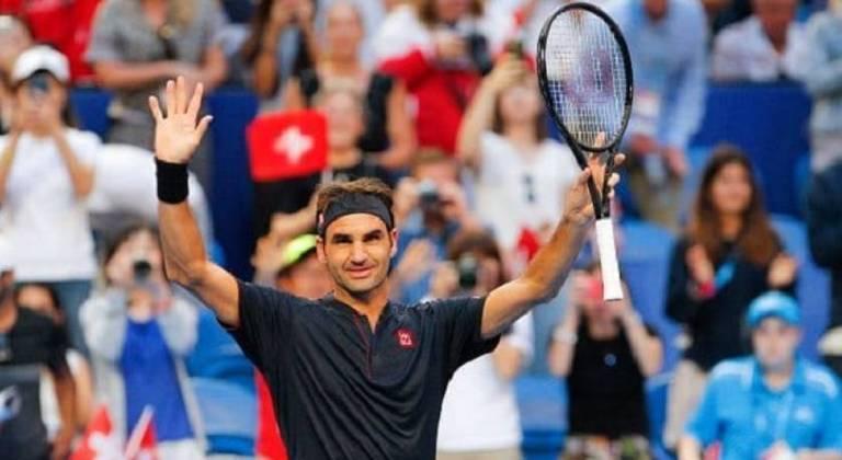 1 – O primeiro colocado é o tenista suíço Roger Federer, que recebeu 106,3 milhões de dólares (R$ 569,3 milhões, na cotação atual) – vale lembrar que 100 milhões de dólares foram só de patrocínio.