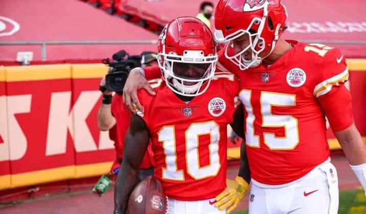 1º Patrick Mahomes - Quarterback dos Chiefs tem acumulado jardas e TDs e com apenas uma interceptação. O astro está voando!